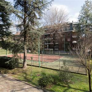3br. or more apartment for Sale in Milano